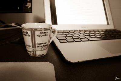 pc e caffè seppia